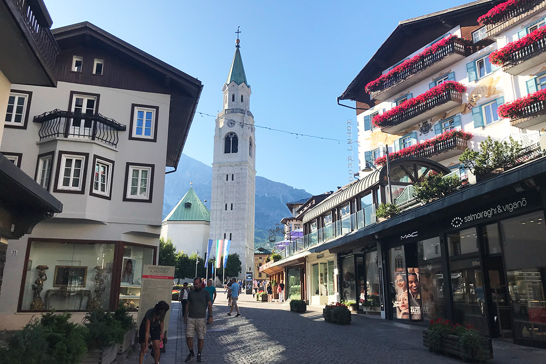 Italy Photos - Cortina d'Ampezzo